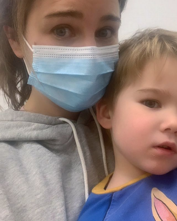 Harry's wife Izzy shared a picture of herself in the hospital with Kit.