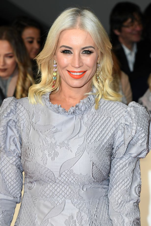 Denise van Outen was instructed to take a break to speed up his shoulder recovery.
