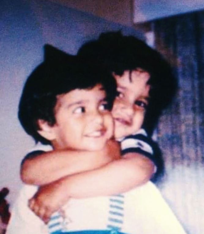 Ipsitaa Khullar in childhood with her brother.