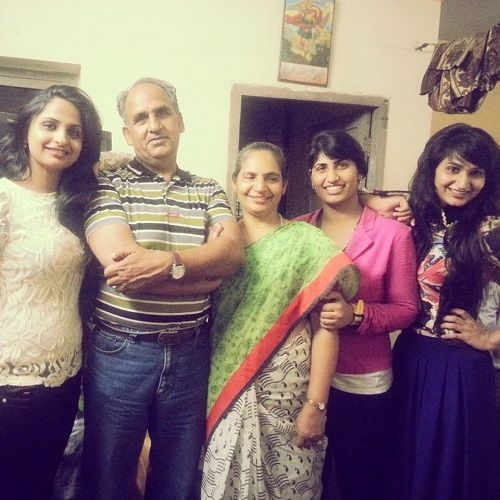 Dimpal Bahl with his family